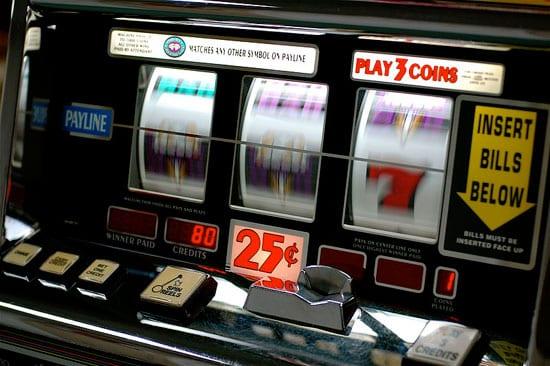 เล่น Slot Machine